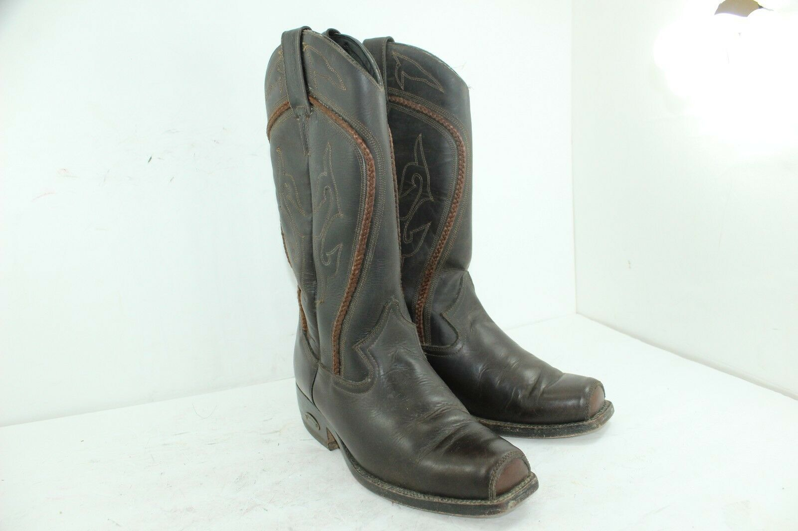 BOTERINE WOMEN'S BOOTS SIZE 9 BROWNS IN GREAT CONDITION MSRP 200