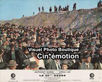 Photo Cinéma 23.5x29cm (1967) LA 25ÈME HEURE Anthony Quinn, Virna Lisi BE a