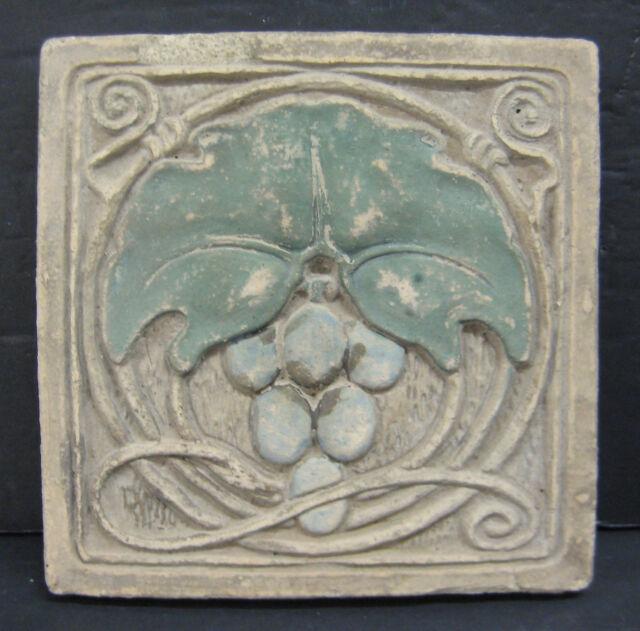 Claycraft Vintage Tile Grapevine