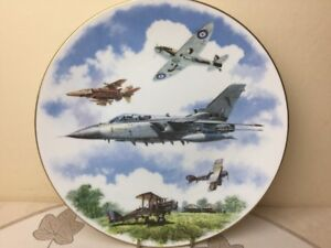 Royal-Doulton-Royal-Airforce-75th-Anniversary-1918-1995-Collectors-Plate-Perfect