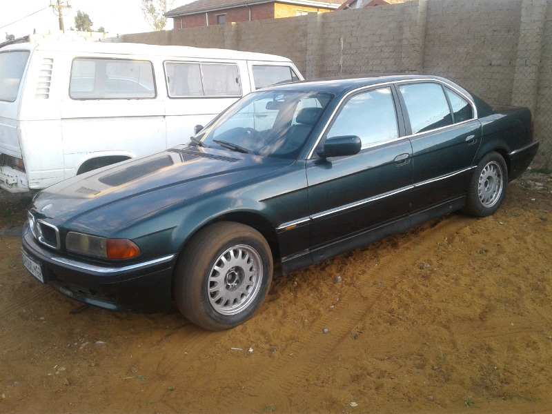 BMW e38 /740 I stripping for parts  from R499