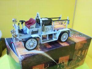 Matchbox-Yesteryear-Fire-trucks-FYE-21-1907-SEAGRAVE-AC-53-WHITE-VANCOUVER-V-F-D