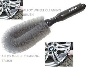 car wheel cleaning brush tool tyre clean washing tyre. Black Bedroom Furniture Sets. Home Design Ideas