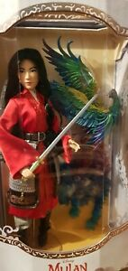 Disney-Mulan-Limited-Edition-Live-Action-Doll-17-039-039-with-D23-Mulan-Magazine