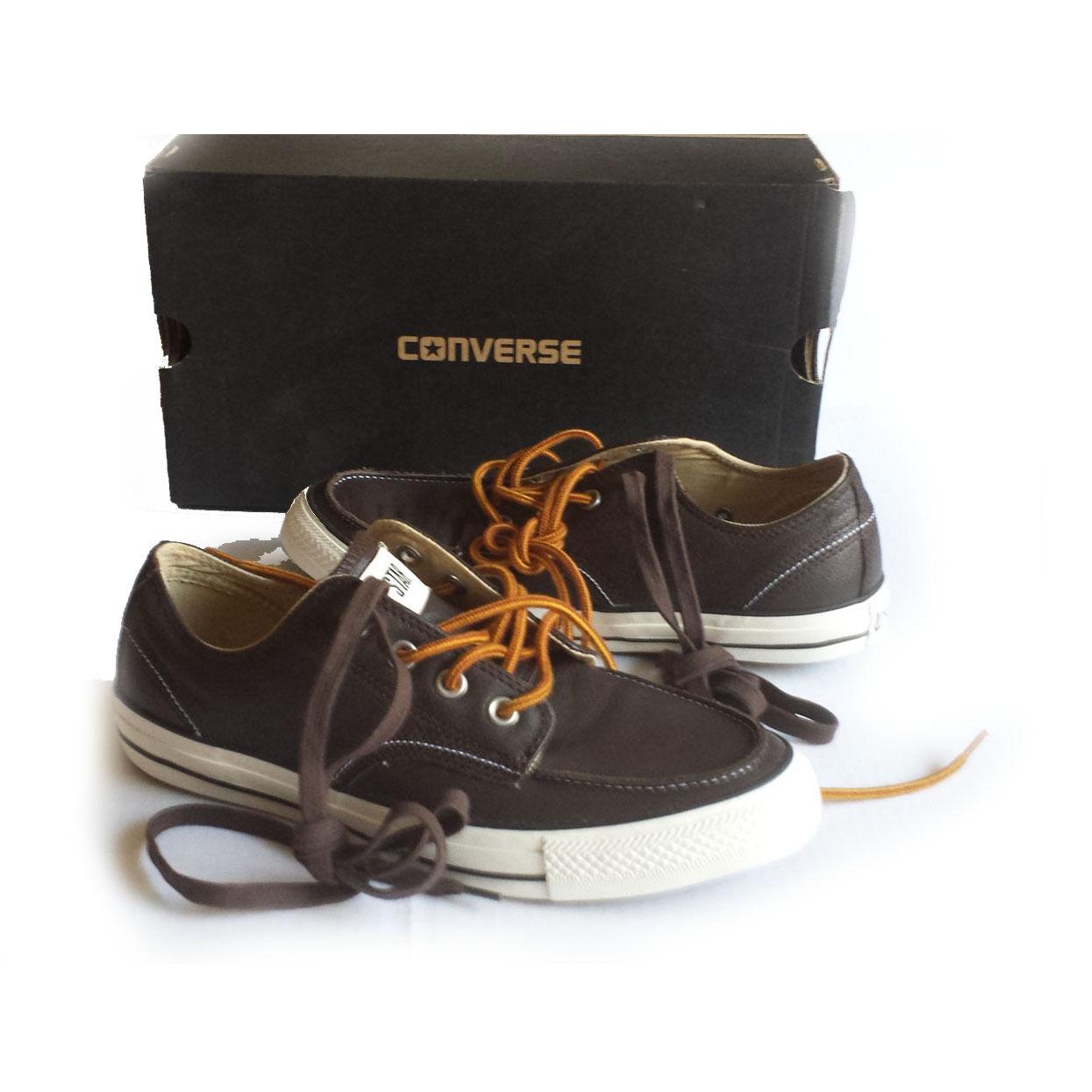 Converse Zapatos Marrón Cuero bajo Top Zapatos Converse  de hombre Mujeres Tamaño 10 conjunto de dos cordones 20741d