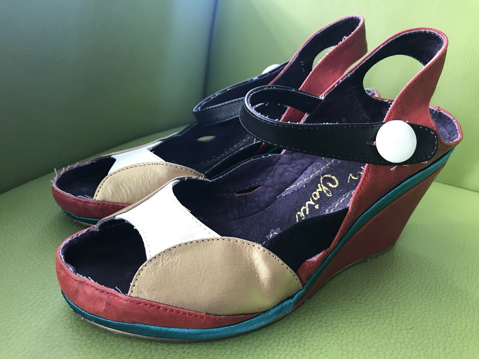 Irregular Choice hustling red white gold 1980's peep toe wedge sandal Size 39