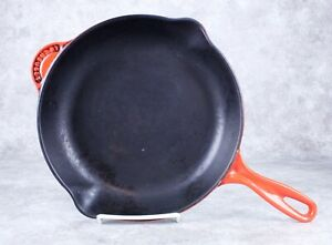 Le Creuset France 26 Red Enamel Cast Iron Round Skillet Fry Pan