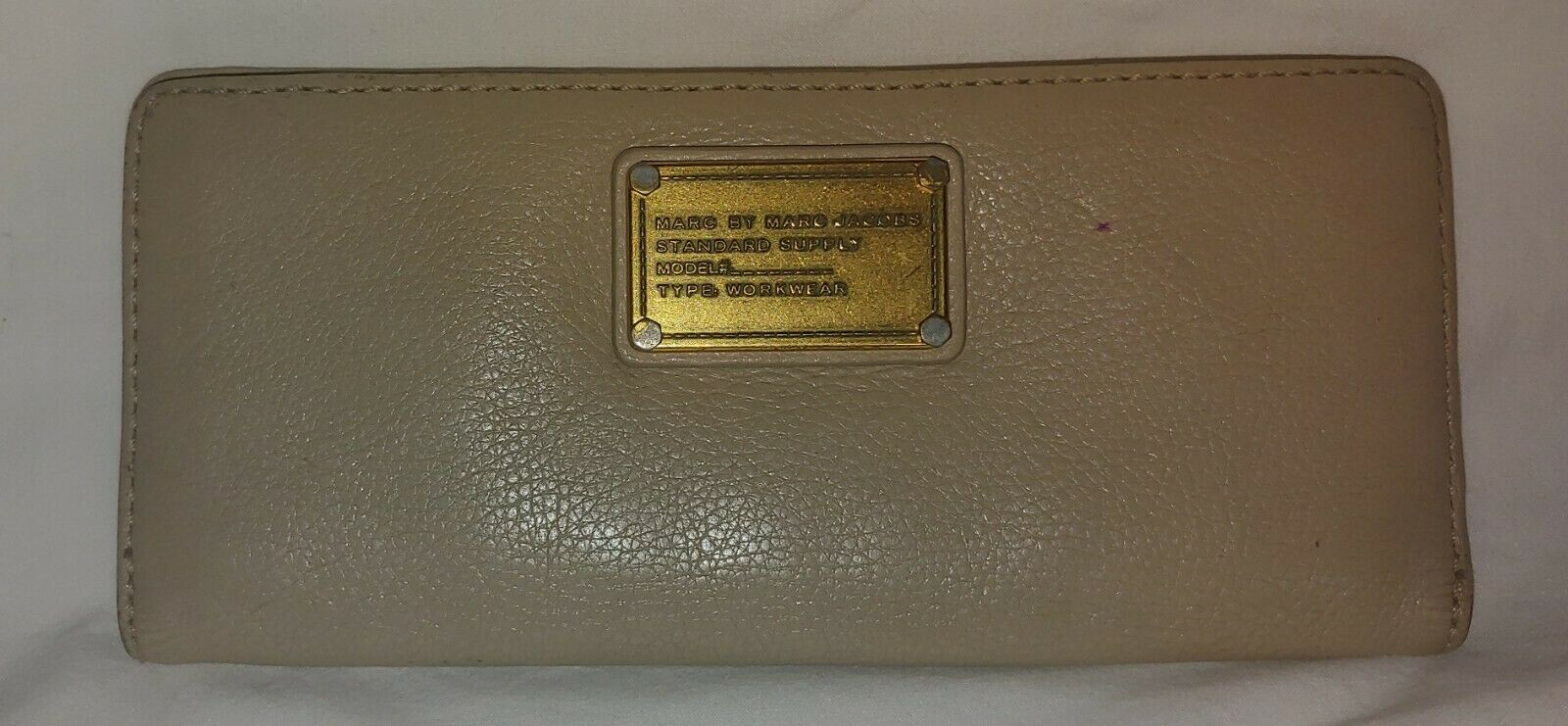 Marc By Marc Jacobs Wallet Taupe Leather Ivory Snap Wallet ID Checkbook