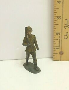Vintage-Iron-Lead-Toy-Solider-3-034