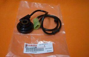 Tachosensor-Tachogeber-Tachoschnecke-original-Yamaha-YZF-R125-2009-2013-Neu