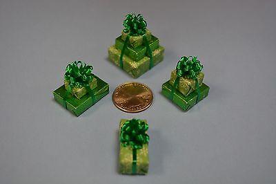 2 doubles and a single,Ho Ho Pattern Miniature Christmas Presents a triple