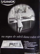 PUBLICITÉ 1967 UGINOX ÉVIER INOX INUSABLE NE CRAINT PAS LES CHOCS - ADVERTISING