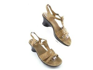 7c467318e3 Clarks Brown Leather Slingback Sandals Size 8 M Strappy Heels 72586 ...