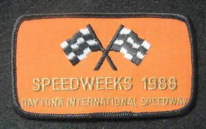 SPEEDWEEKS-1988-DAYTONA-SPEEDWAY-EMBROIDERED-PATCH-RACING-FLAG-4-1-2-034-x-2-1-2-034