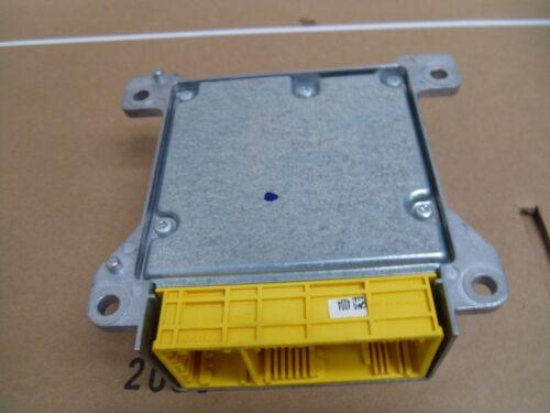Air Bag Computer Control Module ECU 2048202285 Mercedes C63 AMG W204 2008-11