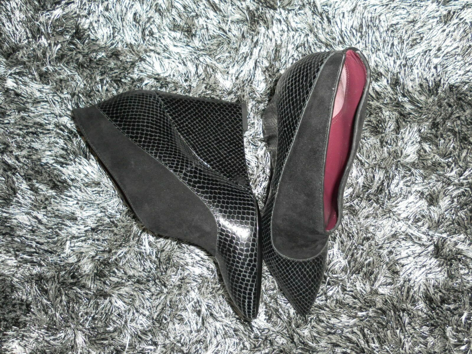 398 Marc By Marc Jacobs Mae Mae Mae Black Leather Suede Wedge Booties Size 38 US 8 8f25c9