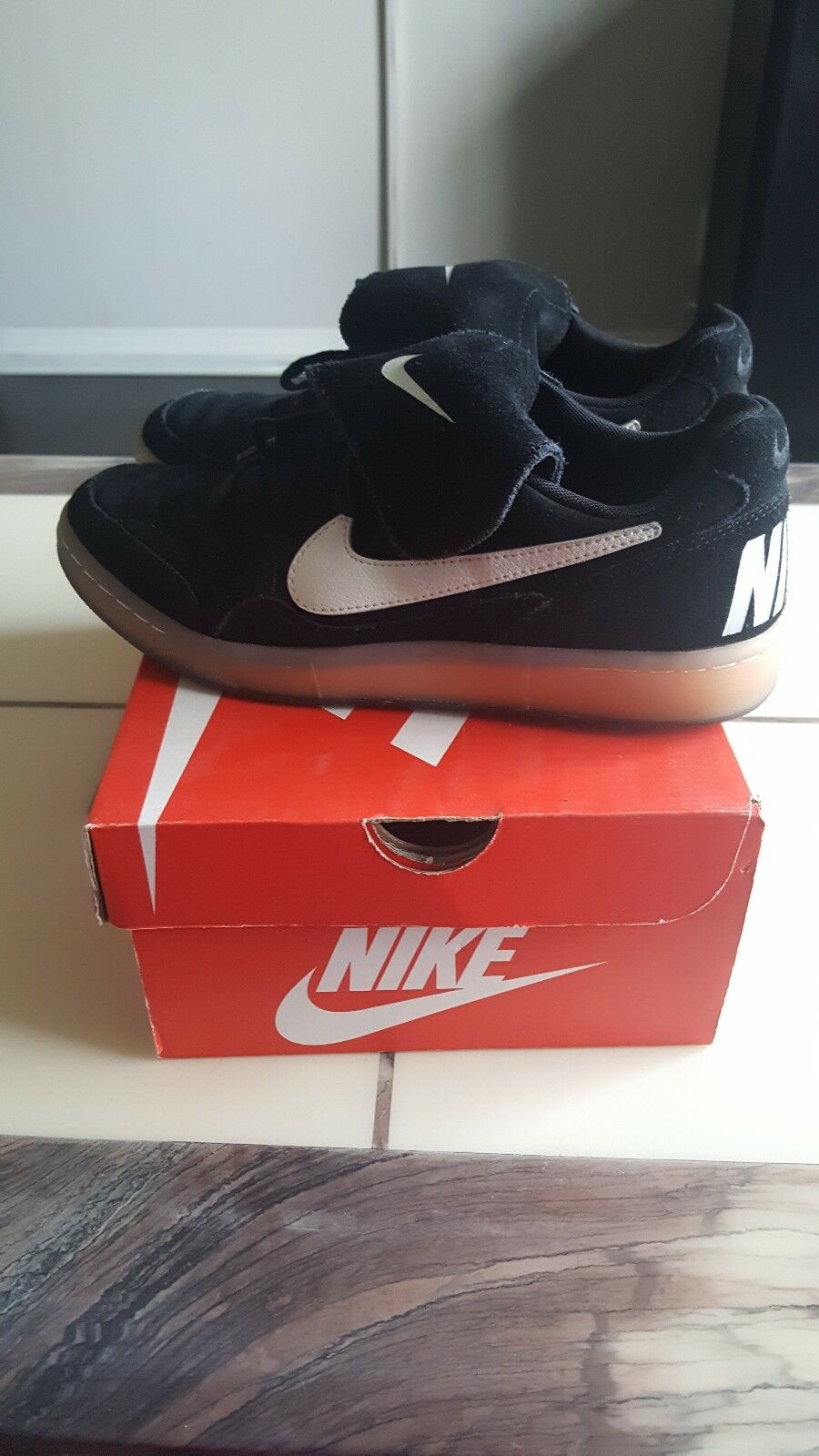 Nike Tiempo Premier Indoor Soccer shoes Black  US Mens Size 7