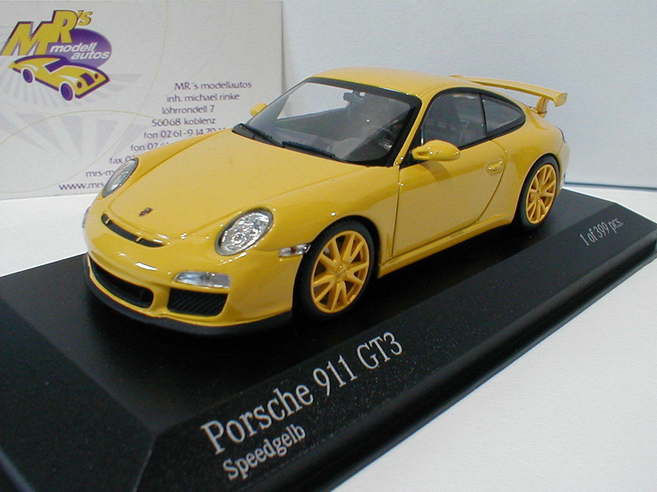 Minichamps 400068022 Porsche 911 (997 II) gt3 model year 2009 in  Yellow  1 43