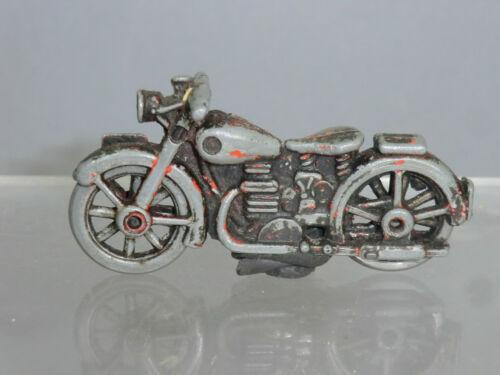 VINTAGE DIE CAST MODEL NO. X BSA? Motorcycle (for restoration)