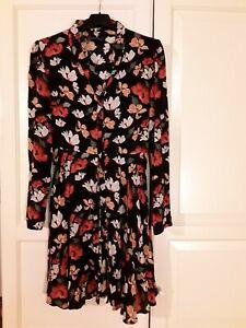Vestito zara Xs A Fiori Su Sfondo Nero, Usato Pochissime Volte E Senza Difetti | eBay