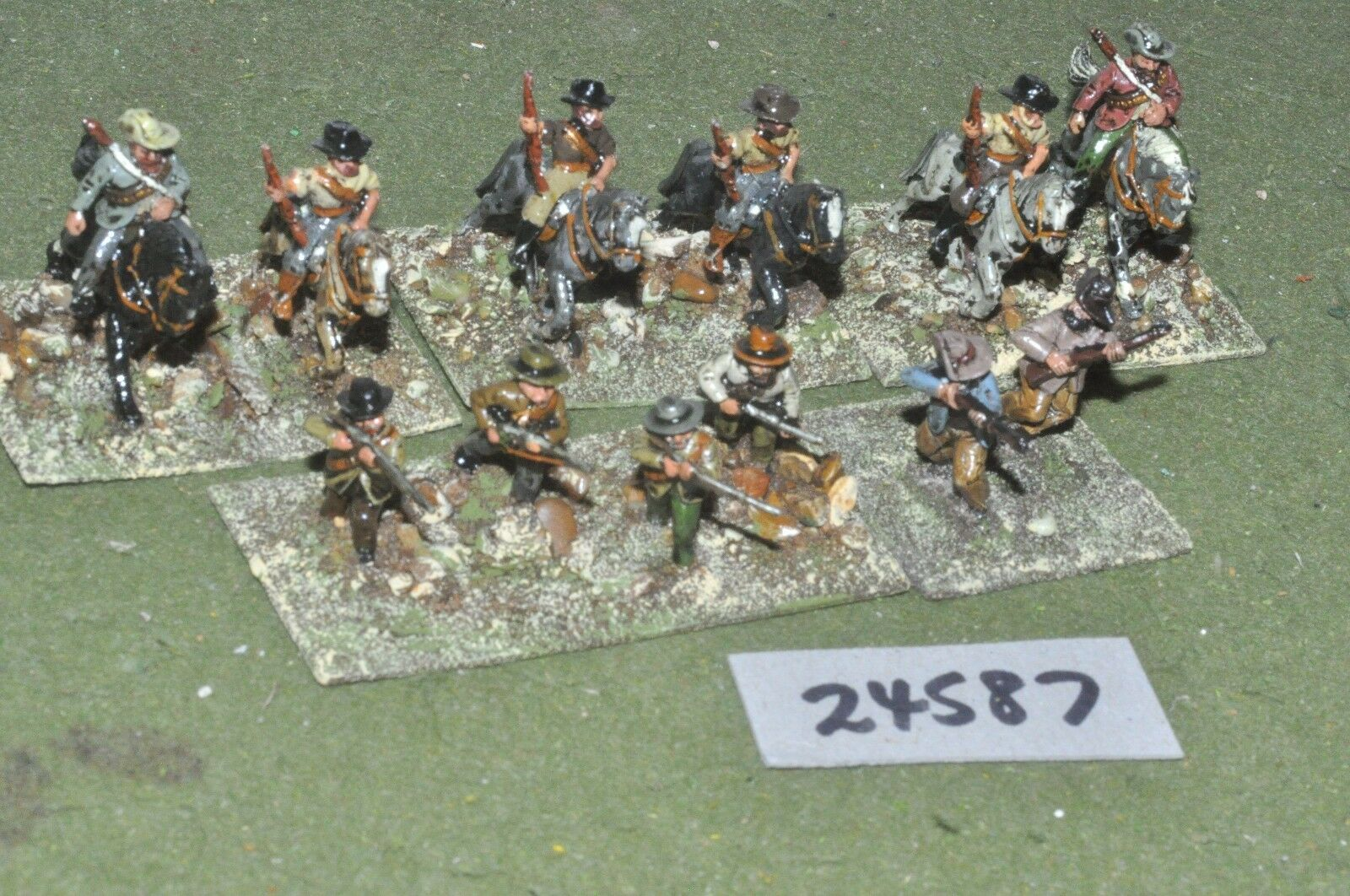 25mm colonial   boers - mounted & dismounted 12 figures - cav (24587)