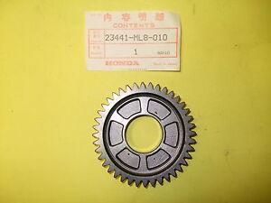 HONDA-GOLDWING-GL1200-40T-COUNTERSHAFT-SECOND-GEAR-23441-ML8-010-23441ML8010