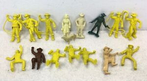 Lot-MARX-60mm-Roy-Rogers-Dale-Evans-Ranch-Rin-Tin-Tin-Cavalry-Plastic-Figures