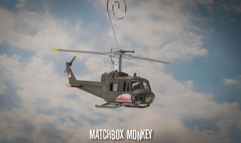 Bell Huey Iroquois US Army Medevac Elicottero Vietnam War Ornamento di Natale
