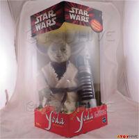 Star Wars Interactive Yoda & Lightsaber 450 Words Tiger Electronics Hasbro 2000