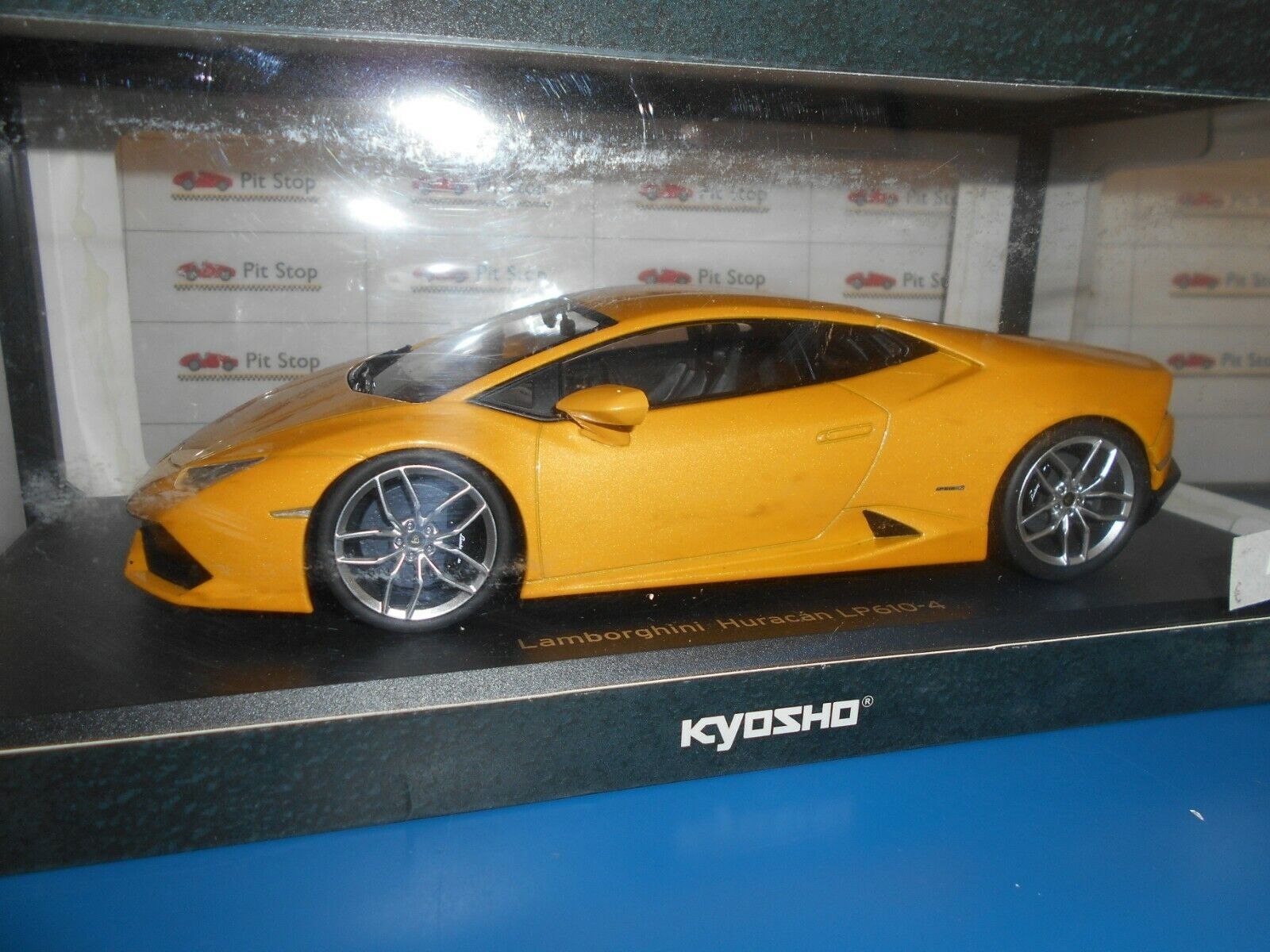 KYO9511Y by KYOSHO LAMBORGHINI HURACAN LP610-4 giallo PEARL 1 18