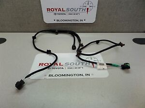 toyota tacoma 2016 2017 fog lamp wire harness genuine oem oe ebay rh ebay com toyota tacoma towing wire harness toyota tacoma towing wire harness