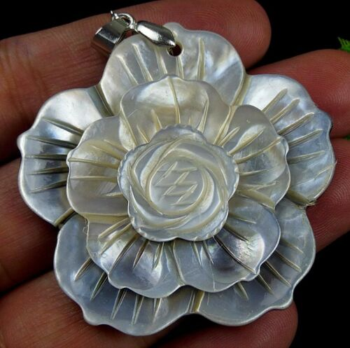 Beautiful unique shell carved flower 47x11mm pendant bead axh00061