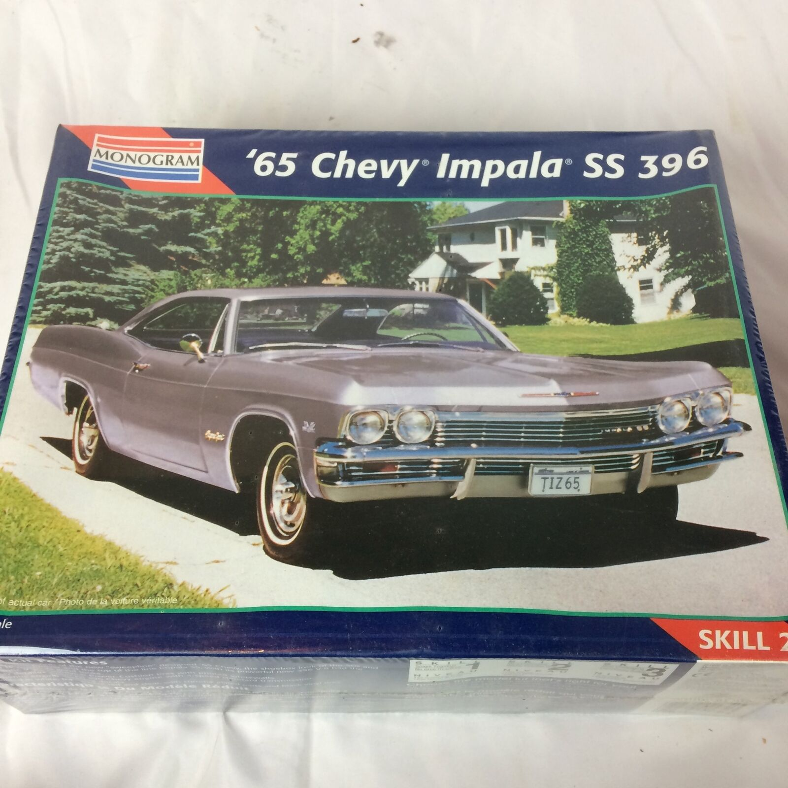New Sealed Monogram 85-2470 1965 Chevy Impala SS SS SS 396 Model Car Kit Muscle 3d9083