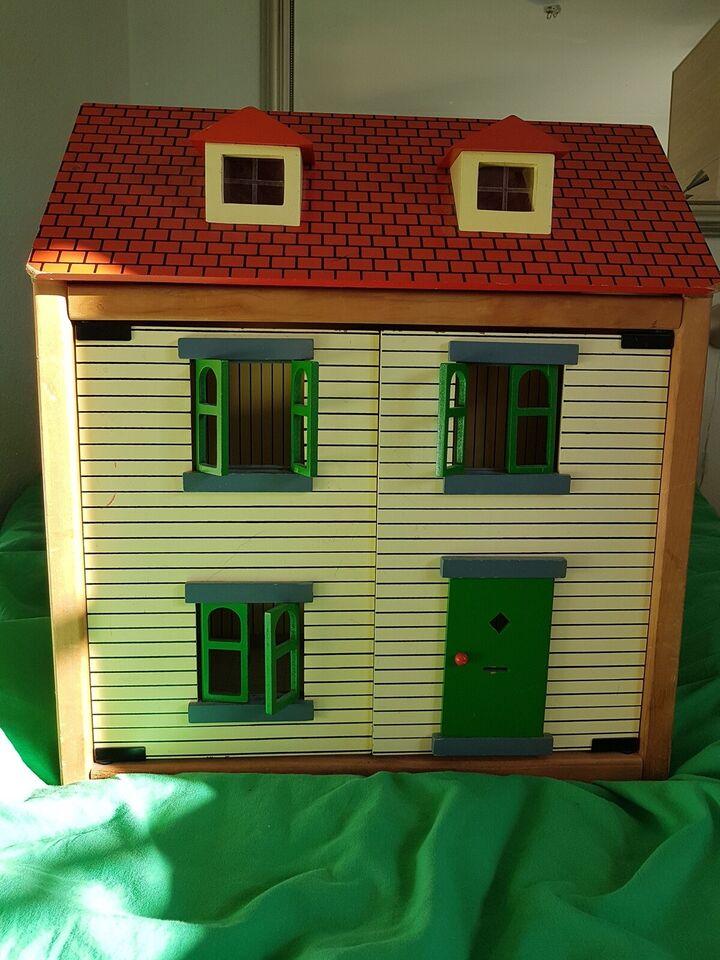 Dukkehus, Træ dukkehus