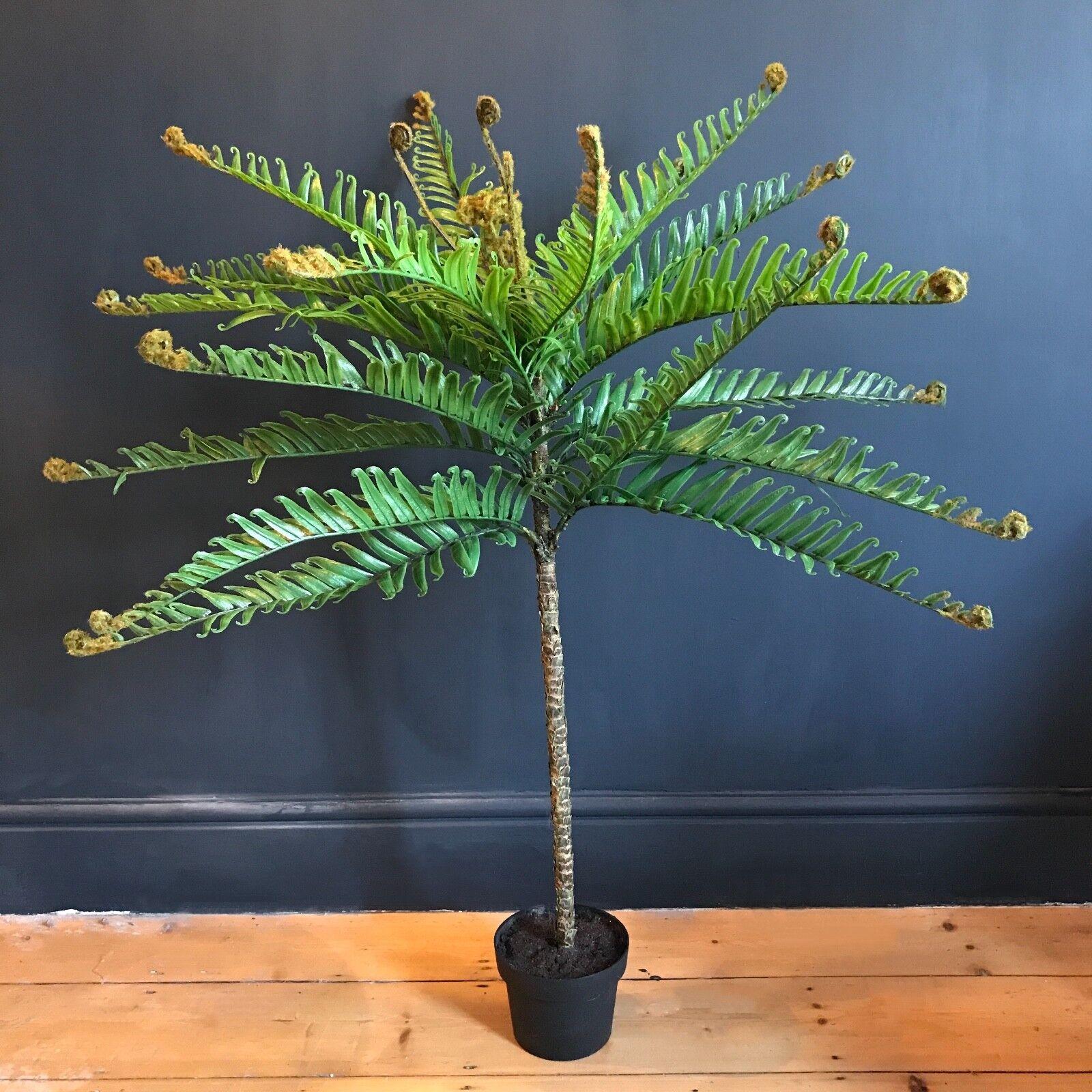 Tall Potted Artificial Fern Plant. Realistic Grün Faux Silk Houseplant Tree Pot