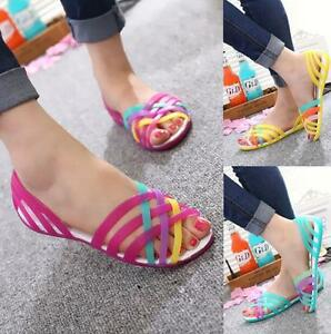 NEW-SUMMER-WOMEN-BEACH-FLAT-SANDALS-COLORED-OPEN-TOE-JELLY-HOLLOW-SHOES-Slippers