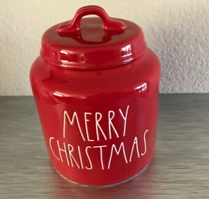 NEW-2019-RED-Rae-Dunn-By-Magenta-MERRY-CHRISTMAS-Red-Canister