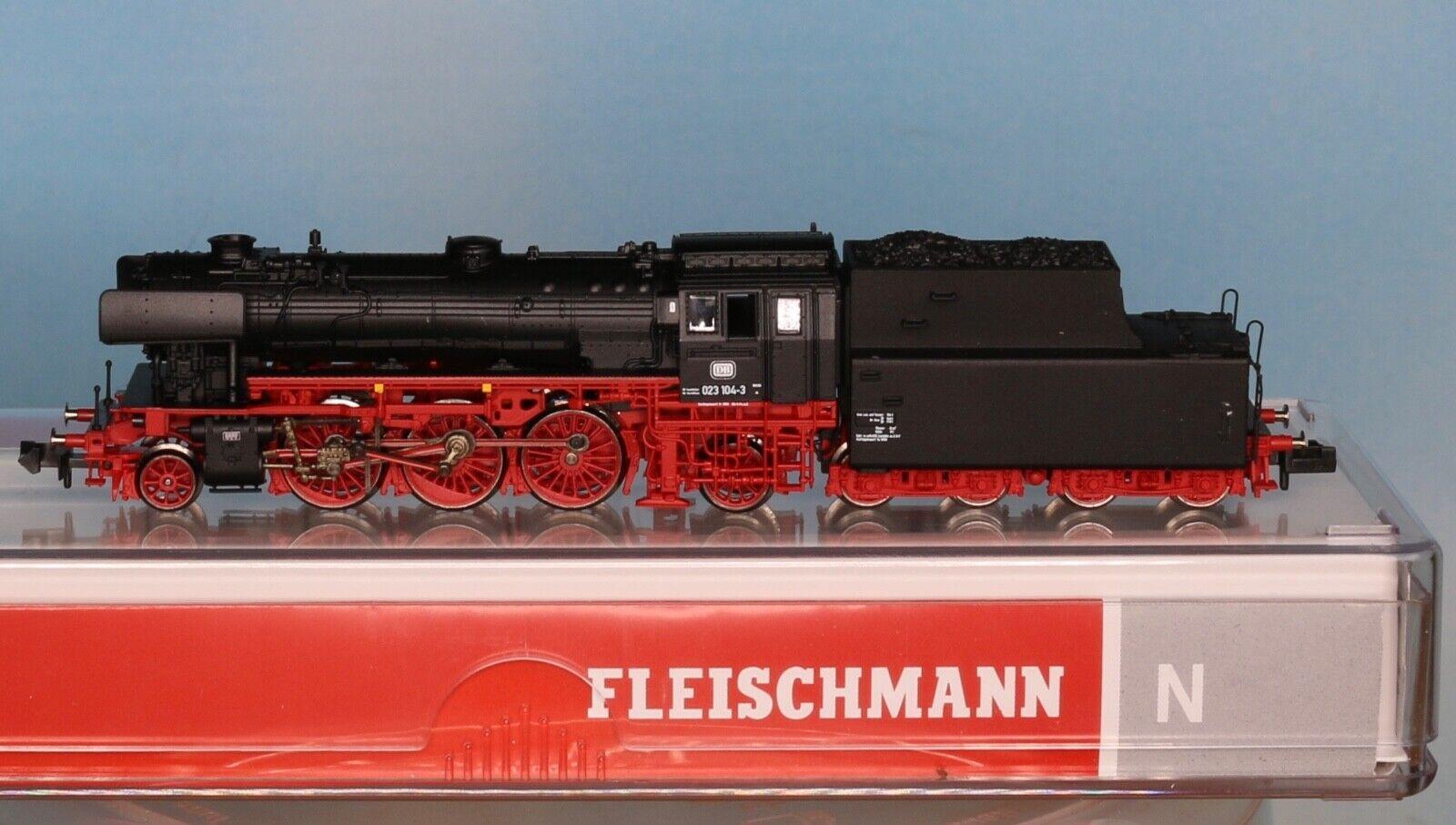 Fleischmann 712304, pista N, DB vapor-Lok br 023 104-3, época 4