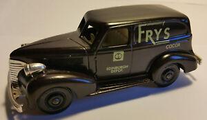 CHEVROLET-1939-VAN-034-FRY-039-S-COCOA-034-LLEDO-DAYS-GONE-REF-DG30