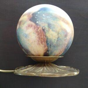Lampe-nenuphar-luminaire-bronze-et-globe-opaline-multicolore-Art-Nouveau