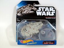 Hot Wheels Starships Star Wars Faucon Millenium Avec vol Stand Action Figure