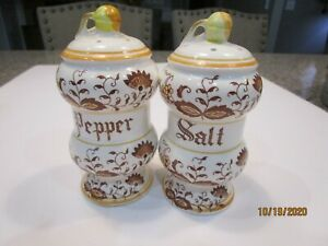 Vintage-Brown-Onion-Salt-amp-Pepper-Shaker-Set-Imported-By-Arnart-Japan