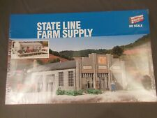 Walthers 933-2912 HO State Line Farm Supply Building Kit