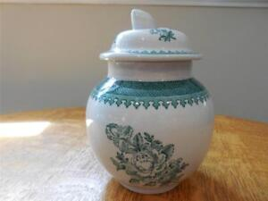 Wedgwood-Mount-Vernon-Georgetown-Collection-creamware-sugar-box-and-lid