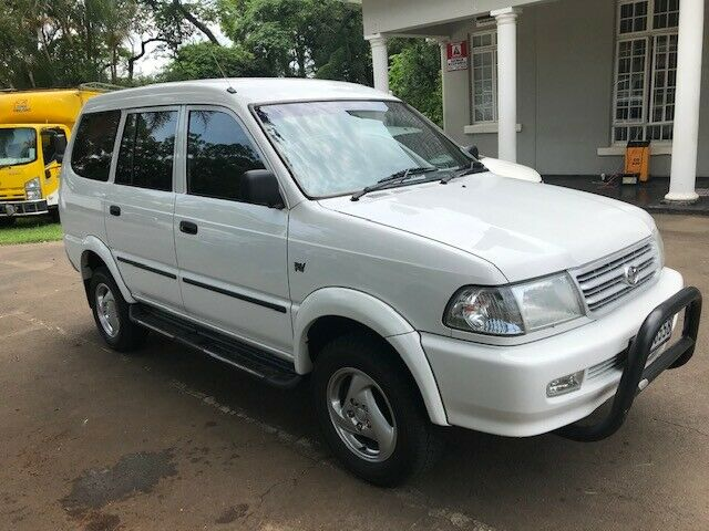 Toyota Condor 3000D 4X4 TX with 155000km available now!