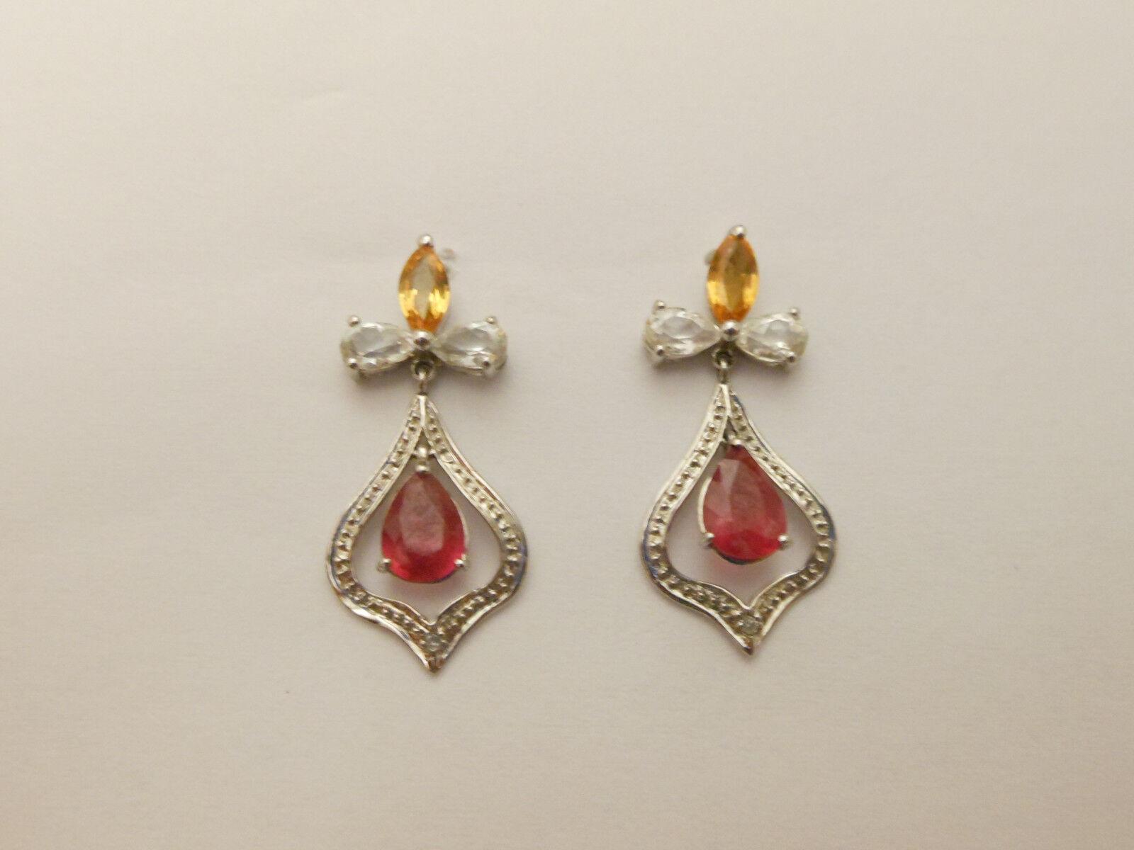 10K White gold  Dangle Earrings  .