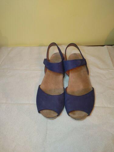 Dansko Vera Milled Nubuck Sandal Blue Size EU 38