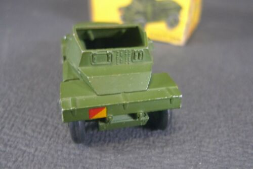 Dinky Toys Gb.   Scout Car.   Boite Ref.   673. (lot2)