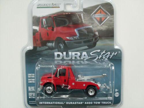International Durastar 4400 Tow Truck rot Greenlight 1:64 limited Edition