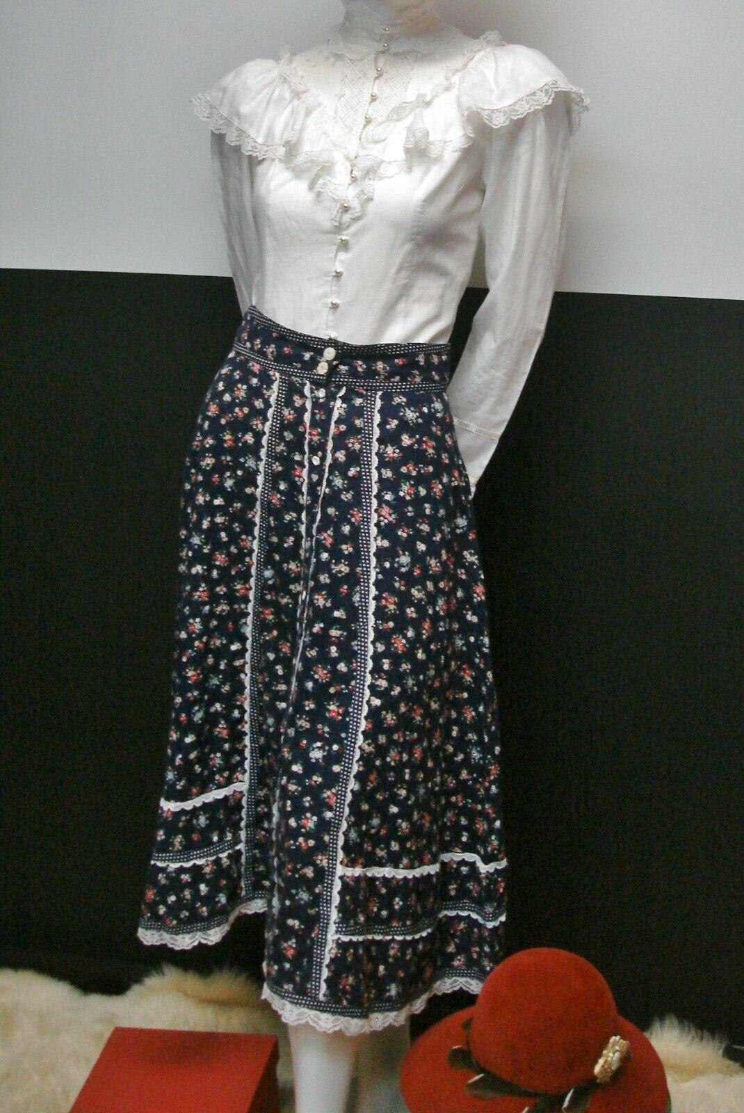 👒Vintage Gunne Sax Jessica's Gunnies Blue Floral… - image 2